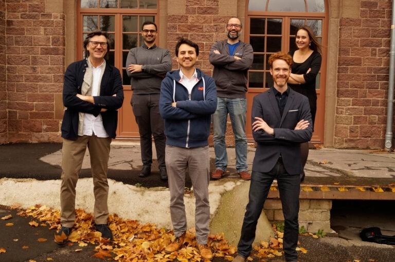 Foto des Teams vom Startup Infinity Maps zum Release seiner Software für Wissensmanagement.